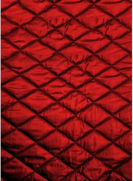 Стеганая курточная ткань красного цвета