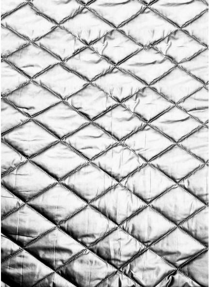 Стеганая курточная ткань белого цвета