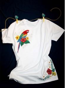 Вышивка на футболке Птицы