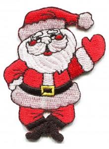 Дед мороз машет рукой